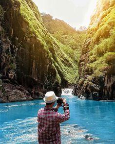 Beberapa waktu lalu muncul wisata baru di Garut bernama Leuwi Jurig, dan kini muncul lagi bernama Leuwi Tonjong. http://leuwitonjongcihurip.blogspot.com/2016/09/cihurip-garut-keindahan-alam-yang-tak_6.html?m=1