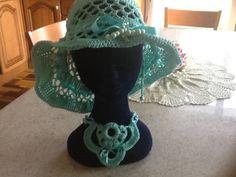 Ripariamoci dal sole cocente di queste belle giornate, sempre con un tocco #Handmade! Molto #Chic  Scoprilo qui: http://gianclmanufatti.wix.com/giancl---manufatti#!cappelli/cqd9