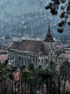 brasov Places To See, Places Ive Been, Brasov Romania, Eastern Europe, Cathedrals, Holiday Destinations, Bulgaria, Homeland, The Good Place