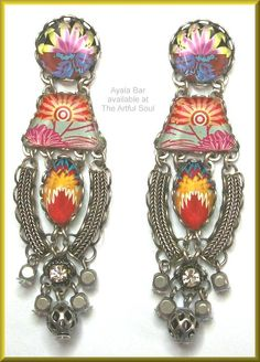 <a href=http://www.artfulsoul.com/store/infoab110527.html target=window2>Ayala Bar Tiger Lily Earrings</a>