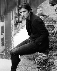 Cillian Murphy - I love his presence - he looks like he could be the member of Suede♡ Cillian Murphy Young, Murphy Actor, Cillian Murphy Peaky Blinders, Irish Men, Gorgeous Men, Celebrity Crush, Pretty People, Beautiful People, Pretty Boys
