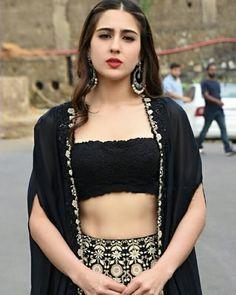fake actress sara ali khan image at DuckDuckGo Bollywood Images, Bollywood Girls, Bollywood Stars, Bollywood Heroine, Bollywood Actress, Indian Celebrities, Bollywood Celebrities, Hot Black Dress, Sara Beauty