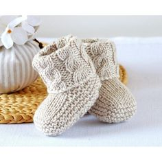 KNITTING PATTERN Baby Booties with Aran Cable Cuffs - This listing is for a PATTERN and not the finished item. Baby Booties in Classic traditional Aran Pattern - Double turn-down cuffs for comfort, luxury and security - difficult to kick off! Baby Knitting Patterns, Baby Booties Knitting Pattern, Knitting Terms, Knit Baby Booties, Baby Boots, Knitting For Kids, Knitting Stitches, Baby Patterns, Free Knitting