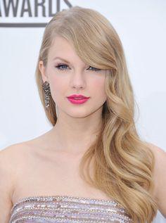 pink lips makeup taylor swift  - popculturez.com #Taylorswift