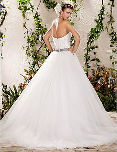 A-line Ball Gown Strapless Sweep/Brush Train Tulle Wedding Dress, wedding dresses sale Free shipping, wedding dresses, a line wedding dresses e2830d31