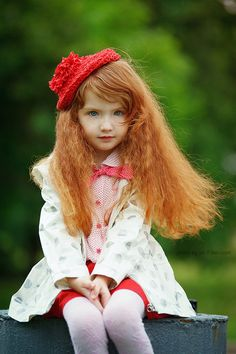 9 Photos of The Cutest Redhead Kids in Holiday Outfits — How to be a Redhead Redhead Fashion – Cutest Redhead Kids – Christmas Fashion for Redheads Precious Children, Beautiful Children, Beautiful Babies, Beautiful People, Beautiful Red Hair, Beautiful Redhead, Little Doll, Little Red, Redhead Fashion