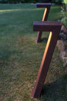 Garten LED Corten steel garden lamp, modern and glare-free. Including the latest LED technology. Outdoor Path Lighting, Driveway Lighting, Landscape Lighting, Outdoor Lamps, Concrete Light, Concrete Lamp, Garden Lamps, Modern Artwork, Glass House