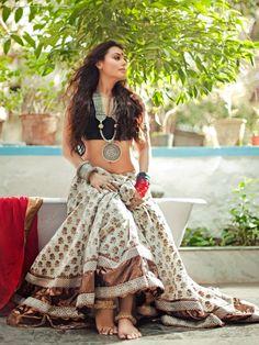 Bollywood style. Rani Mukherjee.