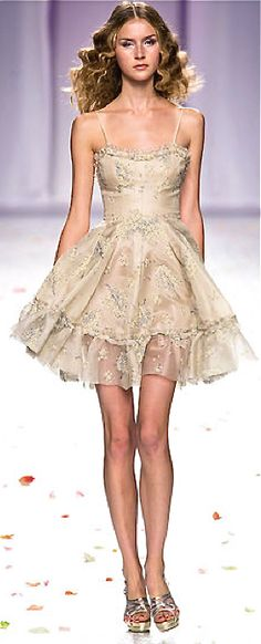 Luisa Beccaria.... the model has scary thin legs