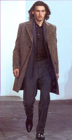 """ Helmut Lang Fall/Winter 2001 """