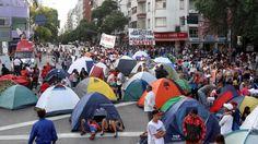 Continúa la protesta de movimientos sociales: más de 6 horas de corte