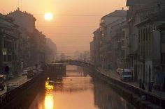 Milan : Le Naviglio au coucher de soleil - Italie