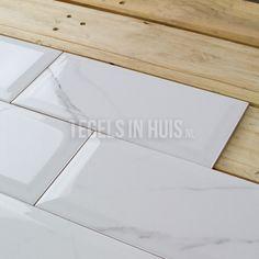 Wandtegel 10x20cm metro marmer carrara bianco glans - Artikelcode: TOZCW321. - Nu in de aanbieding voor slechts € 22,75 p/m2 incl. BTW bij Tegels in Huis.nl