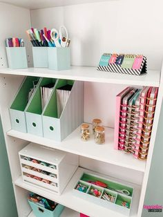 Have too many planner supplies and you have no idea what to do with them? Copy my quick and easy way to organize planner supplies! diy Room decor Easy Tips To Organize Planner Supplies Study Room Decor, Cute Room Decor, Room Ideas Bedroom, Bedroom Decor, Study Rooms, Bedroom Kids, Home Office Organization, Home Office Decor, Home Decor
