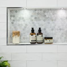 Niche trim detail - Calcutta Hexagon Mosaic Feature Tile, with Devonshire Super White Gloss Wall Tiles from Beaumont Tiles Bathroom Niche, Shower Niche, Bathroom Toilets, Bathroom Renos, Laundry In Bathroom, White Bathroom, Small Bathroom, Bathroom Subway Tiles, Hexagon Tile Bathroom