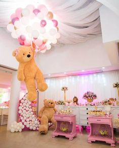 There are many ideas for your baby birthday party, balloon decorations are popular in such parties. Deco Baby Shower, Baby Girl Shower Themes, Girl Baby Shower Decorations, Baby Shower Balloons, Baby Shower Gender Reveal, Birthday Balloons, Balloon Decorations, Baby Shower Parties, Teddy Bear Baby Shower