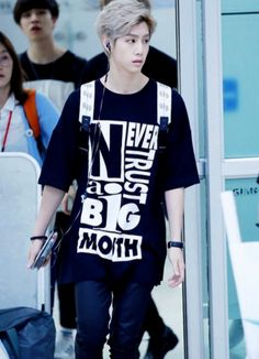 12 K-Pop Idols That Love To Sport Their Graphic Tees – allkpop THE SHOP