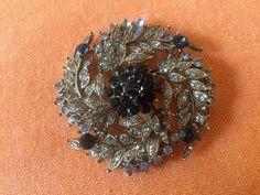 Blue Rhinestone Brooch  1950s floral brooch  by TroppoBella #vogueteam #sapphirebrooch
