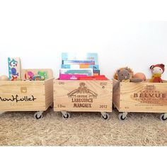35 ideas for recycling wooden crates: they will find a place in your . - - 35 ideas for recycling wood Kids Playroom Furniture, Diy Furniture, Playroom Ideas, Salon Equipment For Sale, Eco Deco, Wooden Crates, Toy Storage, Toy Boxes, Diy Home Decor
