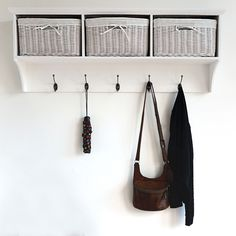 Make a first impression that'll be the envy of all your guests! This charming 3 Basket Coat Rack from our Dale Cloakroom Range features 5 pegs for coats and scarfs along with large baskets to hide away any clutter.