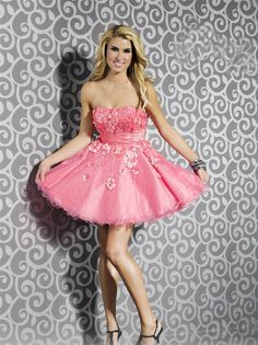Strapless Short Pink Tulle A Line Homecoming/Cocktail Dress