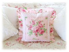 Pink rose pattern pillow