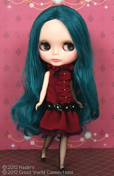 Neo Blythe Alexis Emerald. I never liked dolls as a kid but if these had been around then maybe I'd have loved them.
