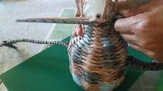 Плетение из газетных трубочек. Плетем амфору-кувшин ч.2