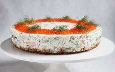 Ellan reseptit: Kylmäsavulohikakku, joka vie kielen mennessään Savory Pastry, Savoury Baking, Savoury Cake, Baking Recipes, Snack Recipes, Delicious Desserts, Yummy Food, Tasty, Scandinavian Food