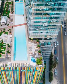 Florida Hotels, Miami Florida, Hotels And Resorts, American Traveler, Miami Pool, Brickell Miami, Downtown Miami, Eclectic Design, Luxury Spa