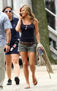 jennifer aniston Love this outfit!!