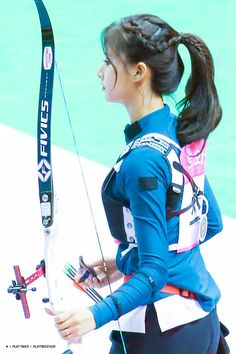 Twice Tzuyu 周子瑜 Archery Girl, Japanese Aesthetic, Fitness Motivation Pictures, Drawing Reference Poses, 3d Girl, Cute Cosplay, Body Poses, Sporty Girls, Chinese Actress