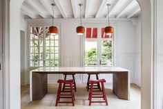 05AM Arquitectura updates 19th-century house with marble accents
