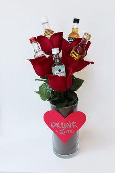 PARTYLISS: DIY Alcohol Bouquet