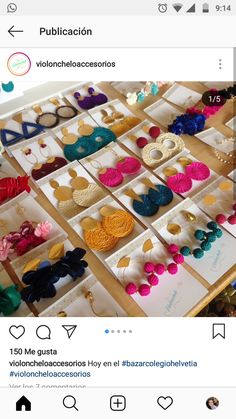 Diferentes aretes Diy Tassel Earrings, Beaded Earrings, Earrings Handmade, Handmade Jewelry, Crochet Earrings, Silk Thread Bangles Design, Bijoux Diy, Fabric Jewelry, Jewelry Crafts