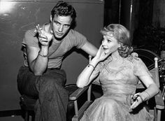 A Streetcar Named Desire (1951) | 32 Rare Behind-The-Scenes Photos From Iconic Movies