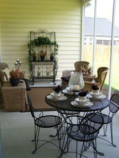 sun porch decorating ideas | Small Screened Porch Design Ideas ...