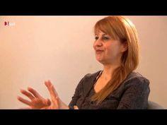 Rowenna geistige Wirbelsäulenbegradigung in jeet.tv. .1Teil. Gruppenwirbelsäulen-Aufrichtung mit Vorher-Rückencheck. siehe www.rowenna.ch