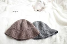 데일리 코바늘 모자 / 벙거지 모자 /도안 : 네이버 블로그 Knitted Hats, Diy And Crafts, Winter Hats, Knitting, Fashion, Moda, Tricot, Knit Caps, Fasion