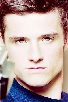 uuhhhh uhhhhh uhhh nosdijudcvnhf i seem to have lost the ability of speech, please hold while I recover from Josh-itis! <3 Josh Hutcherson