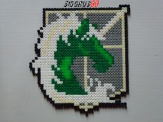 Logo  attack on titan perler beads hama Garde royale by Sidorus00 H= 19 cm L= 19 cm