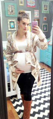 maternity fashion - www.lolovelace.blogspot.com pinning because I've seen my images used without permission