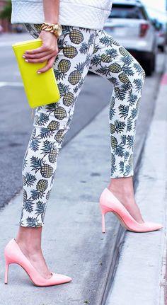 Manolo Blahnik Pink Cute Pointy Stilettos by Hello Fashion
