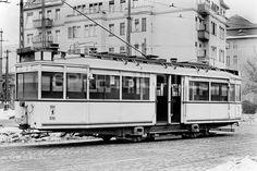BVG Strassenbahn (Mitteleinstiegswagen) im Winter 1939/1940 auf dem Betriebshof Schoeneberg in der Belzigerstrasse