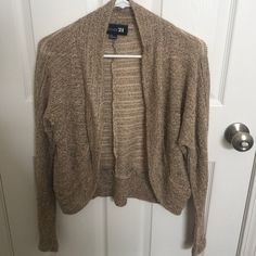 Forever 21 Shrug Gold sparkly like new can dress up an outfit Forever 21 Sweaters Shrugs & Ponchos