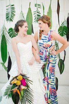 leafy backdrop - photo by Izzy Hudgins http://ruffledblog.com/inspiring-summer-wedding-looks