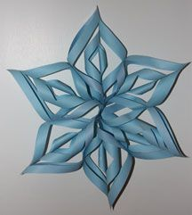 How to make a three dimensional snowflake.   Very easy!  Can use for baby showers too!