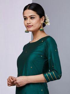 Emerald Green Silk Kurta with Pants - Set of 2 Mens Kurta Designs, Kurti Designs Party Wear, Blouse Designs, Pakistani Dress Design, Pakistani Dresses, Indian Dresses, Indian Outfits, Dress Indian Style, Indian Wear