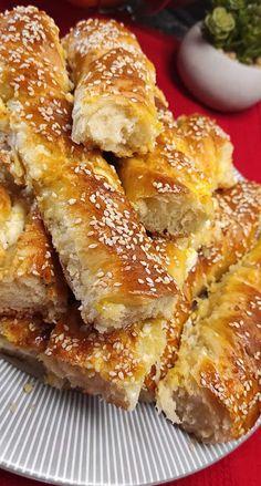 Cheese Pies, Cheese Bread, Antipasto, Dessert Recipes, Desserts, Mediterranean Recipes, Greek Recipes, Tea Time, Food To Make