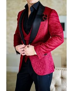 2018 New Design Men Wedding Suits Groom Formal Suit One Buttons Burgundy Tuxedo Jacket Men Suit 3 Pieces Costume Homme Burgundy Tuxedo Jacket, Red Tuxedo, Groom Tuxedo, Red Suit Jacket Mens, Mens Dinner Jacket, Blazer Vest, Tuxedo Suit For Men, Prom Suits For Men, Prom Blazers For Men